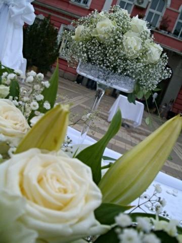 сватба в зелено